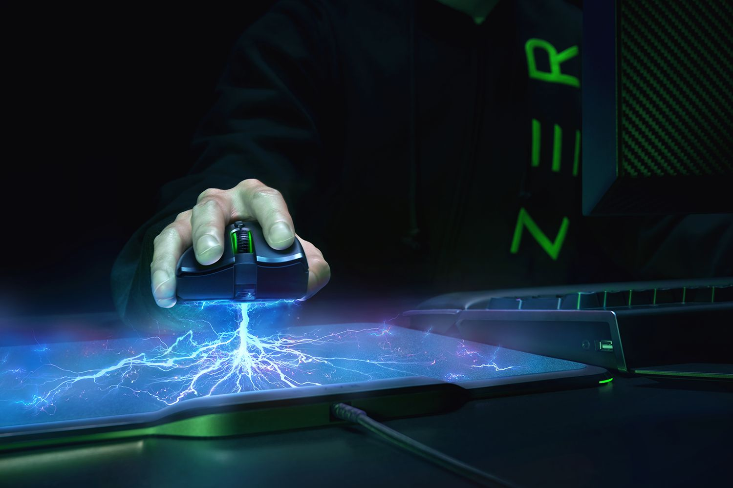 Razer's new mousemat will charge your mouse as you use it