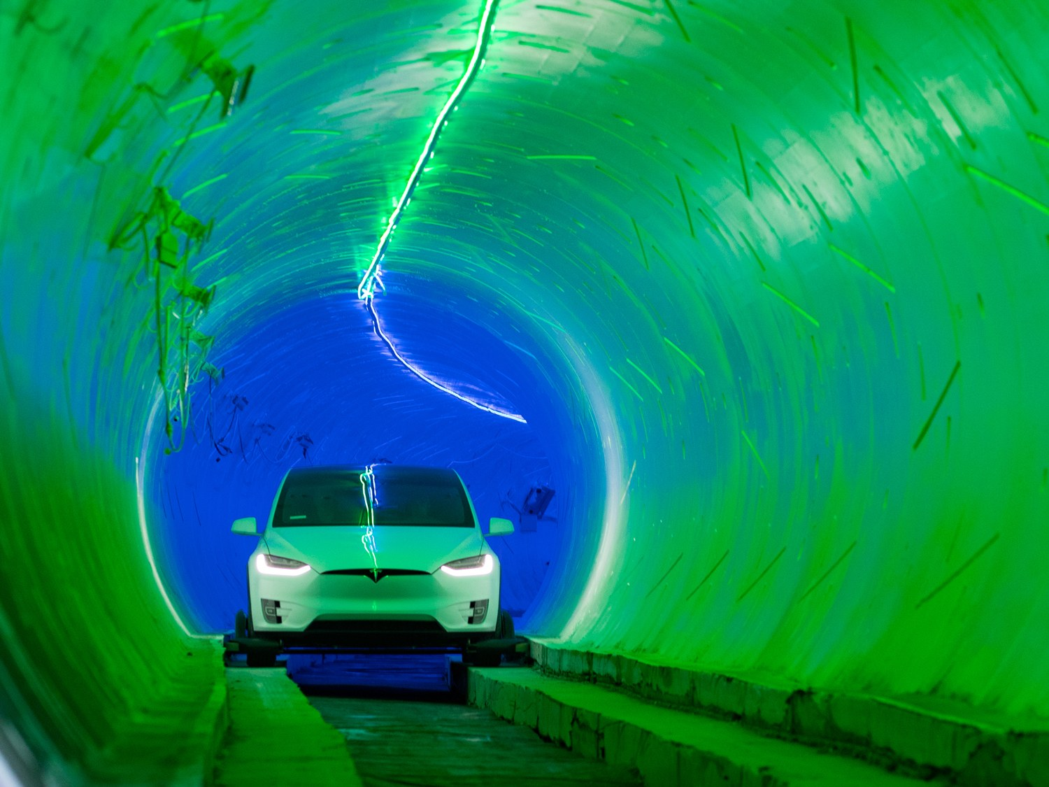 Musk's love tunnel proves anti-climactic
