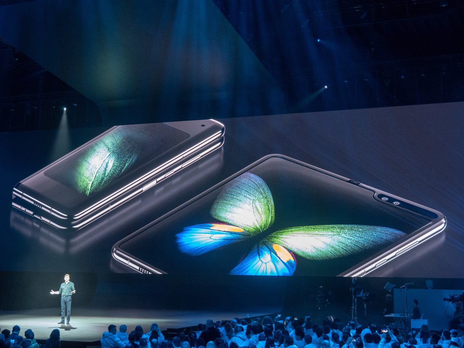 The Samsung Galaxy Fold is a A$3k joke
